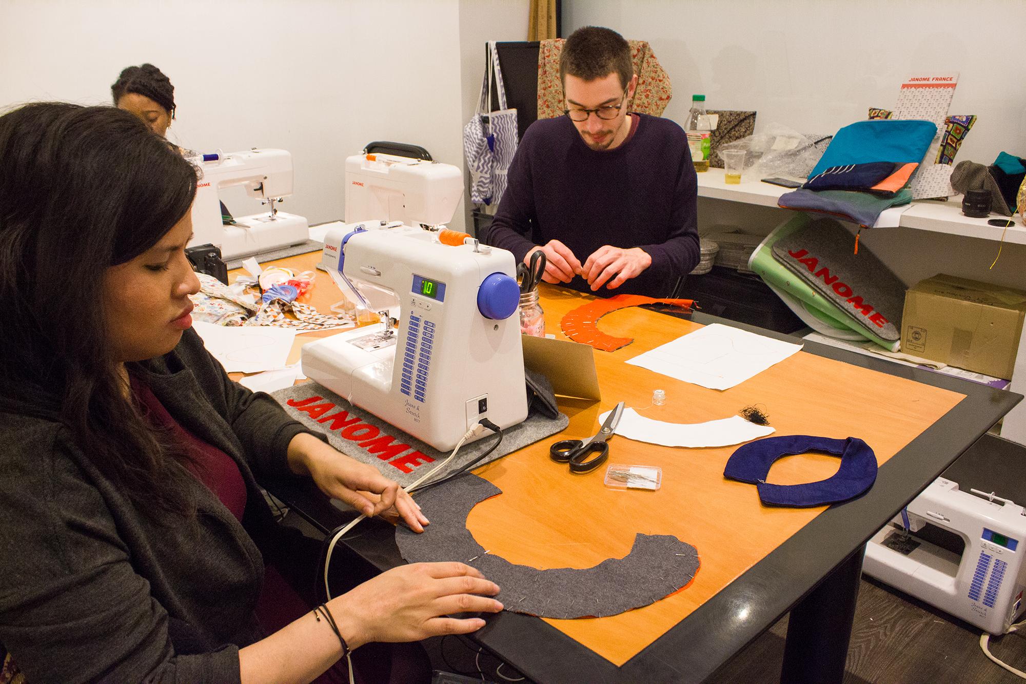 atelier de curiosité à l'atelier couture débutant chez janome