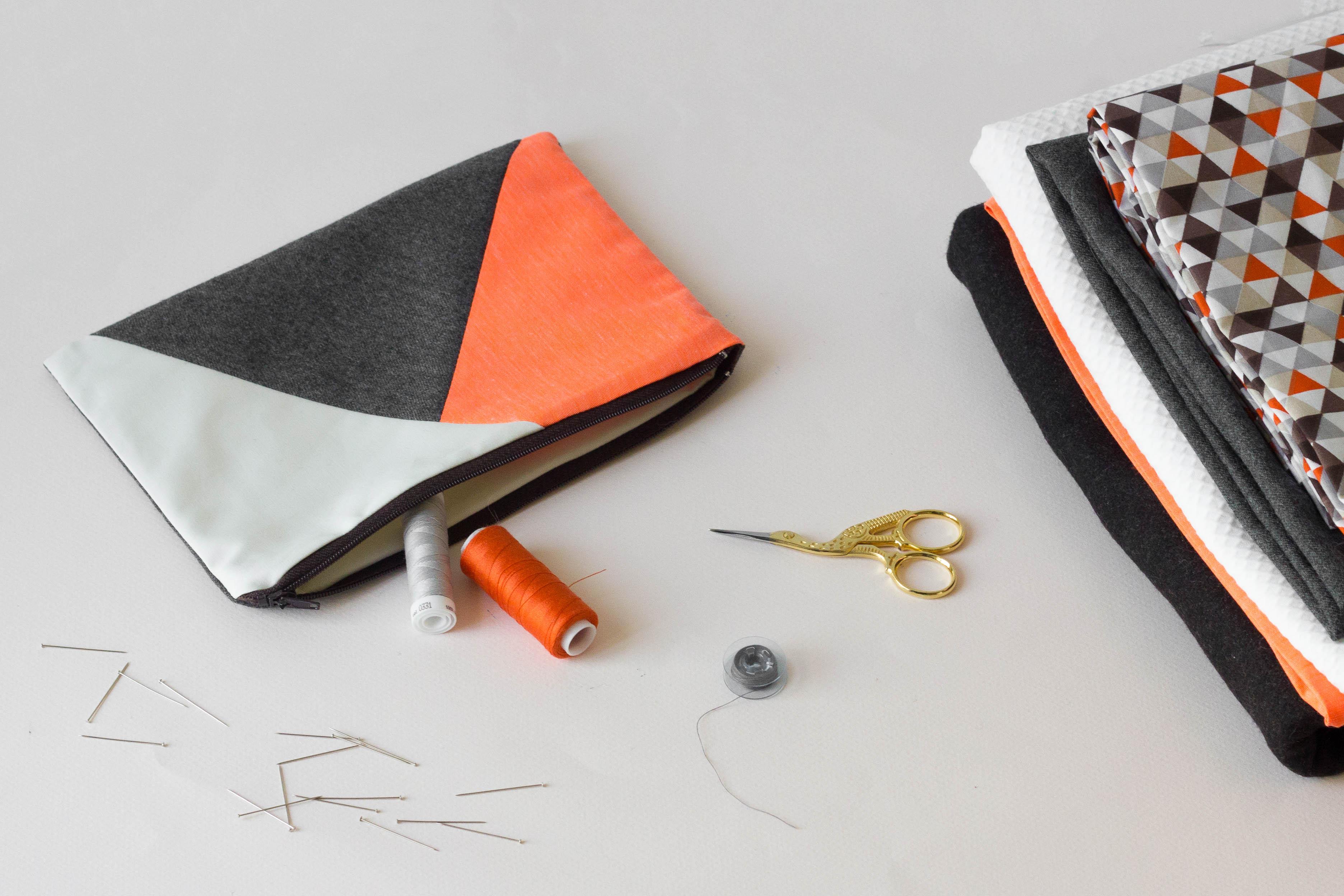 atelier couture débutant chez janome paris pochette à glissière