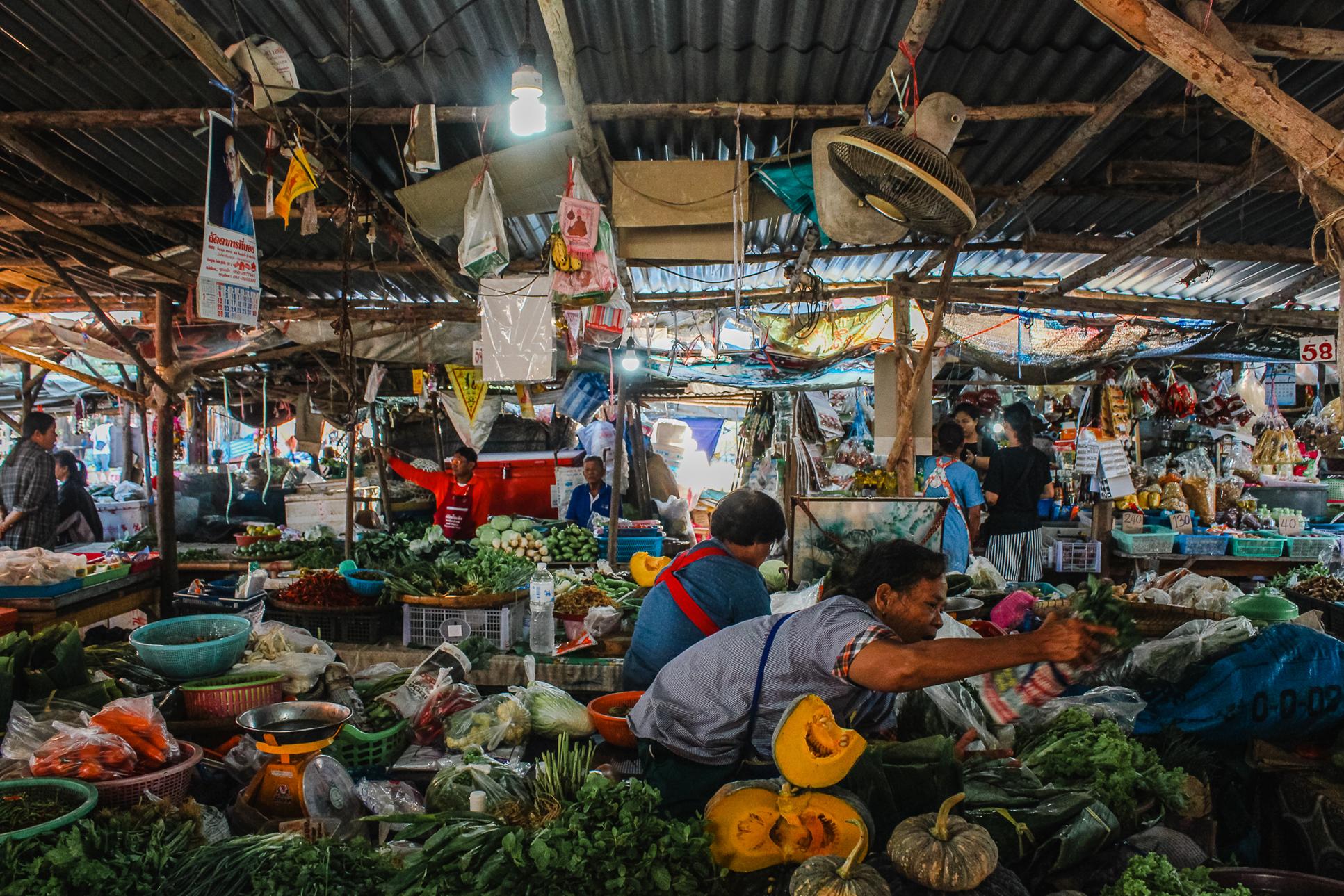 Marché de sukhothai en thailande