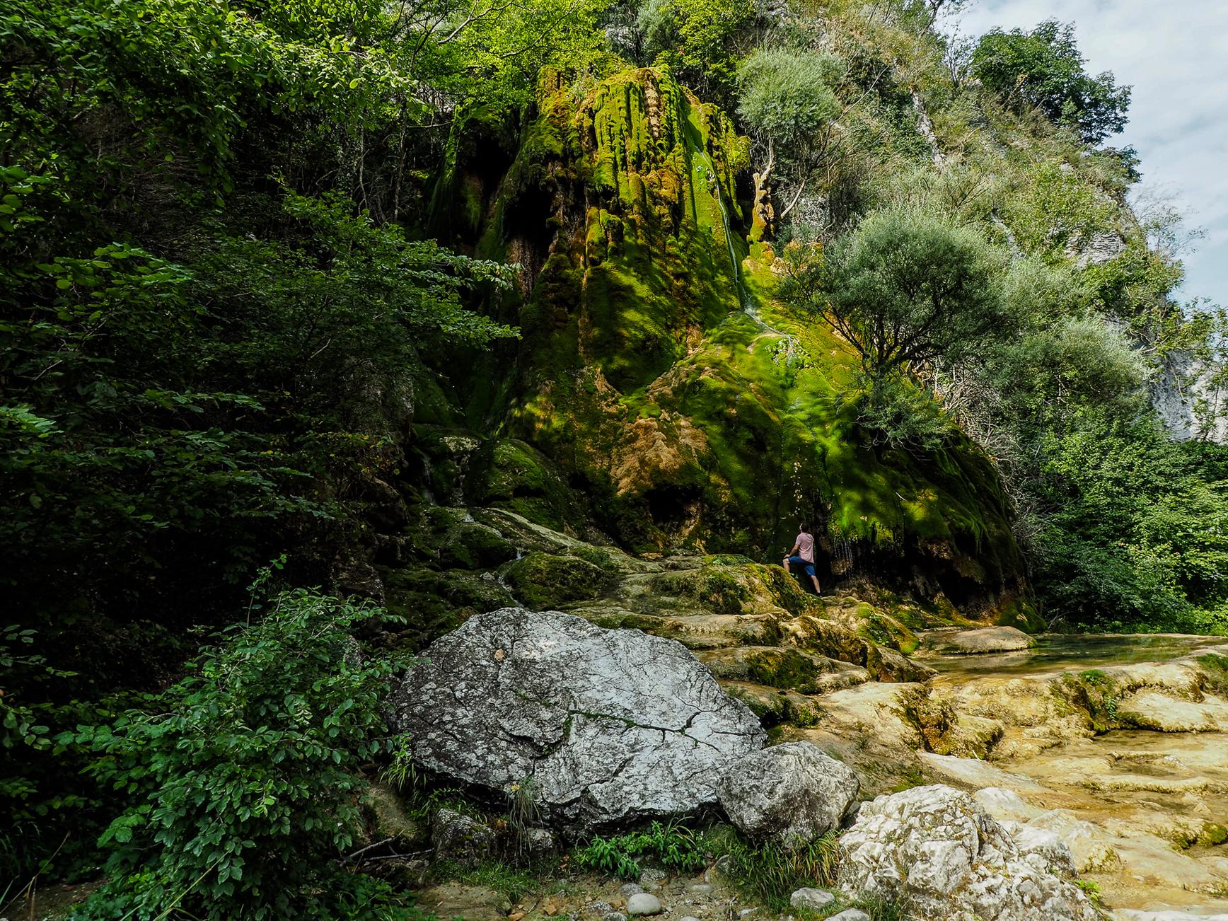 voyager dans la drôme et l'isère -cascade verte echevis blog voyage