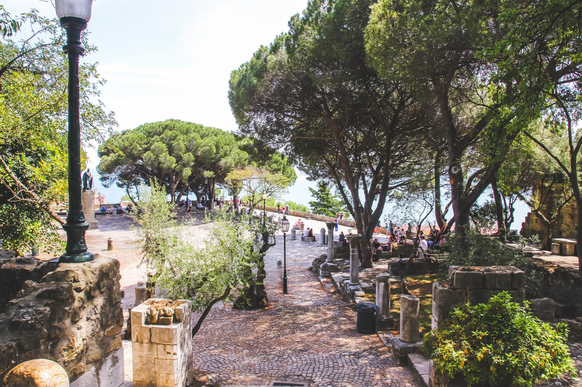 visiter Lisbonne : alfama, chatea Sao Jorgé et Baixa city guide